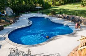 beautiful and relaxing backyard pool design ideas irregularly