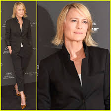 house of cards robin wright hairstyle robin wright says trump stole all our ideas for next season of