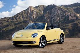 2013 volkswagen beetle convertible car spondent
