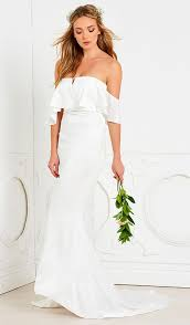 2823 best wedding dresses and bridal gowns images on pinterest
