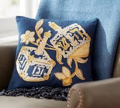 Jewish Decorations Home 70 Classic And Elegant Hanukkah Decor Ideas Family Holiday Net