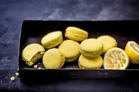 cours de cuisine macarons cours de cuisine le secret des macarons à hôtel de ville 4ème