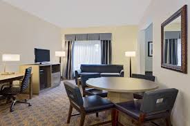 hotel wingate arlington heights il booking com