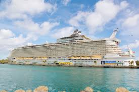 nassau bahamas april 13 2015 royal caribbean cruise ship allure