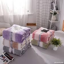 jeté de canapé en alicemall couverture de lit en flanelle jeté de canapé couvre lit