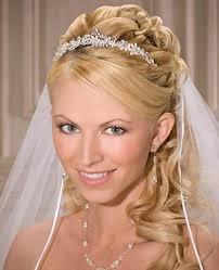 Hochsteckfrisurenen Zur Hochzeit Mit Schleier by Actually My Favourite Hairstyle Especially Since The Veil Is