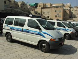 toyota van file israeli police toyota van jerusalem 7375 jpg wikimedia commons