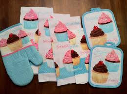 7 piece too cute cupcake kitchen dish towels set with pot holders