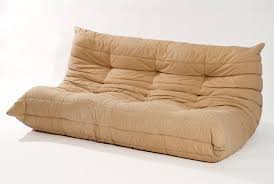 prix canapé togo ligne roset sièges quentin en yvelines musée de la ville