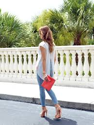 Light Colored Jeans The Look Light Jeans And Coral U2022 Super Fashionable