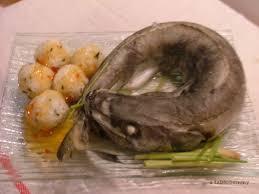cuisiner le merluchon merluchon à la vapeur de citronnelle boulettes de riz aux algues et