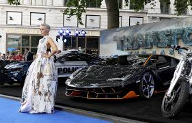 lamborghini transformer photos from transformers the last knight london premiere