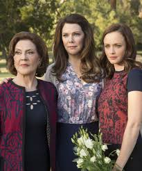 Hit The Floor Pool Dance Scene - gilmore girls revival episodes recap a year in the life