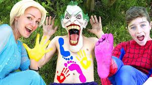 Joker Toddler Halloween Costume by Frozen Elsa U0026 Spider Kid Foot Hand Paints On Joker U0027s Body W
