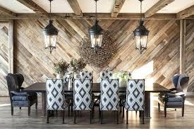 chevron wood wall dining room design trend reclaimed wood wall design dining room