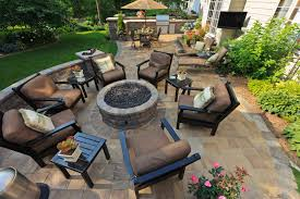 Patio Furniture Springfield Mo by Seasonal Uses For An Outdoor Fireplace
