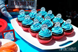 dr seuss cupcakes dr seuss 1st birthday party