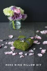 Design Your Own Wedding Ring by 10 Diy Tutorials For Making Your Own Wedding Ring Pillows