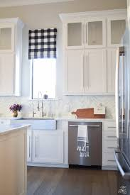 Kitchen Shades How To Design A Faux Roman Shade Zdesign At Home