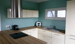 cuisine mur bleu cuisine blanche mur gris fonc cuisine blanche mur gris bleu atic