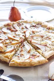 pear prosciutto and gorgonzola pizza recipe runner