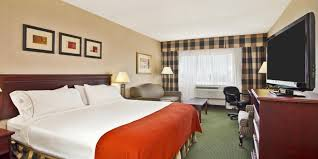 holiday inn express u0026 suites toronto mississauga hotel by ihg