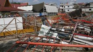Besi Scrap besi tua dising rumah dinas wako pekanbaru akan dilelang tribun