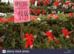 grave blankets christmas grave blankets for sale stock photo 21094422 alamy
