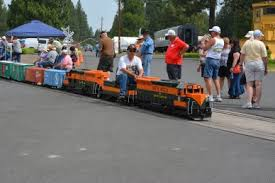 Backyard Trains You Can Ride For Sale Electric Trains Electric Locomotives 7 5 Gauge The Train Works
