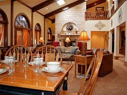 Dining Room Groups Great For Large Groups In Town Washer Dr Vrbo