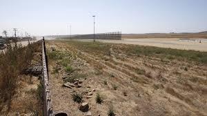trump u0027s border wall prototypes in san diego delayed until the