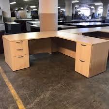 Lockable Desk Large Executive Light Oak L Shape Desk U0026 2 Matching Lockable Desk