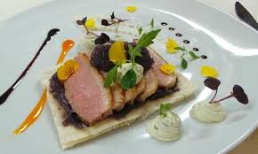 au f駑inin cuisine duck tarte au fin chef s lightly smoked duck breast basil goat s