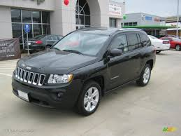 2011 brilliant black crystal pearl jeep compass 2 4 latitude