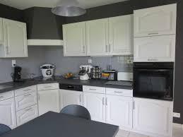 cuisine repeinte en gris impressionnant cuisine repeinte en blanc collection avec cuisine