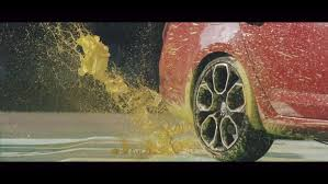 video skoda octavia rs245 promoted through abstract art 2 images