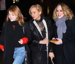 emma stone and jennifer lawrence friends 14 things adele jlaw and emma stone discussed at dinner celeb