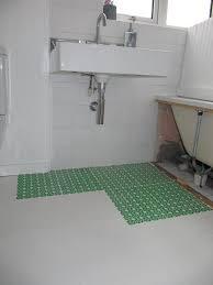 diy bathroom flooring ideas bathroom floor ideas diy creative bathroom decoration