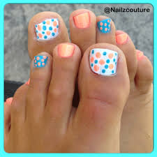 polkadots blue and peach pedicure nail art need to do this cute