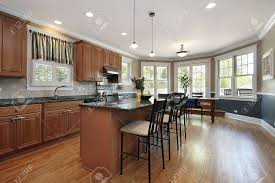 cuisine avec comptoir cuisine dans le luxe maison avec comptoir de le île de marbre banque