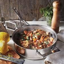 demeyere cuisine demeyere silver7 covered sauté pan sur la table