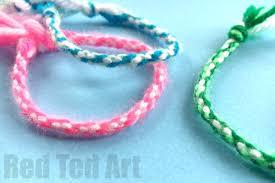 thread bracelet diy images Easy friendship bracelets with cardboard loom red ted art 39 s blog jpg