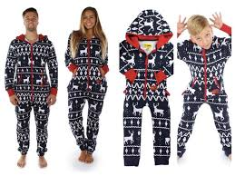 25 unique matching family pajamas ideas on