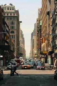 file 30th at 5th avenue straße in new york jpg wikimedia