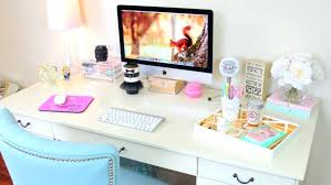 Desk Accessories Australia Pretty Desk Accessories Ten The Chicest Desk Decor Desk