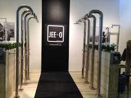 Jee O Outdoor Shower - westedge design fair opens in los angeles dezignlicious
