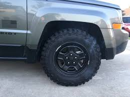 tires on stock jeep patriot pics 2012 sport with cooper discoverer stt pro s 225 75 16 on