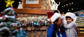 disney u0027s days of christmas disney springs