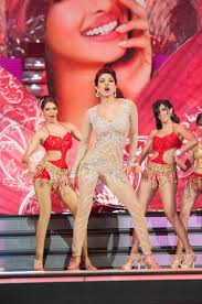 video youtube film hot india katrina kaif aishwarya rai bachchan priyanka chopra perform at