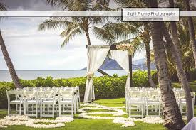 destination wedding in hawaii paradise cove by right frame